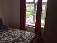 Nice single room available to rent close to leyton station