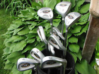 Right Handed Golf Club set Wilsons with a bag