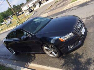 2011 Audi A5 AUDI/A5 2.0T Prem, S line Coupe (2 door)