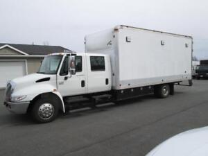 2006 international 4300 DT466 CREW CAB