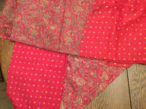 Paisley and dotted fine Saree fabric