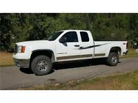2007 GMC Sierra 3500 4X4 SLE X/CAB Long Box Loaded $14,900 OBO