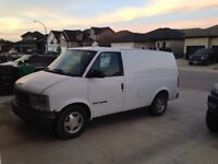 **Great Work Vehicle - 1999 GMC Safari Cargo Van**