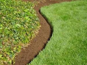 Quality Lawn Cutting, Lawn Edging, Hedge Trimming Services Kitchener / Waterloo Kitchener Area image 5
