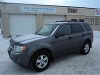 2010 Ford Escape XLT-4WD-SUNROOF-LOADED-ALLOYS