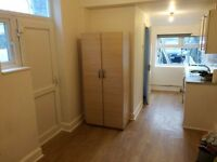 DSS WELCOME WITH A GUARANTOR - FIRST FLOOR STUDIO AVAILABLE IN ENFIELD, EN3
