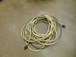 EXTRA HEAVY DUTY EXTSION CORD 100FT