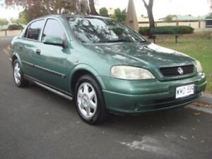2000 Holden Astra TS CD Green 4 Speed Automatic Sedan Broadview Port Adelaide Area Preview