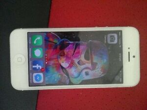 Wanting to swap 32gig iPhone 5 for Samsung galaxy S4 or newer. Aldinga Beach Morphett Vale Area Preview
