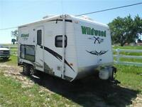 2011 Wildwood X-Lite 18XLSRV Toy Hauler Travel Trailer