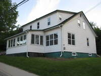2nd Floor 2 Bedroom Apartment in Harvey available immediately