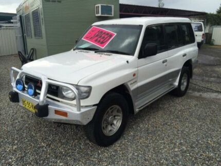 1998 Mitsubishi Pajero NL GLS LWB (4x4) White 5 Speed Manual 4x4 Wagon Jewells Lake Macquarie Area Preview