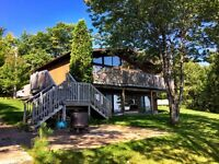 Beautiful Home on lake Wahnapitae
