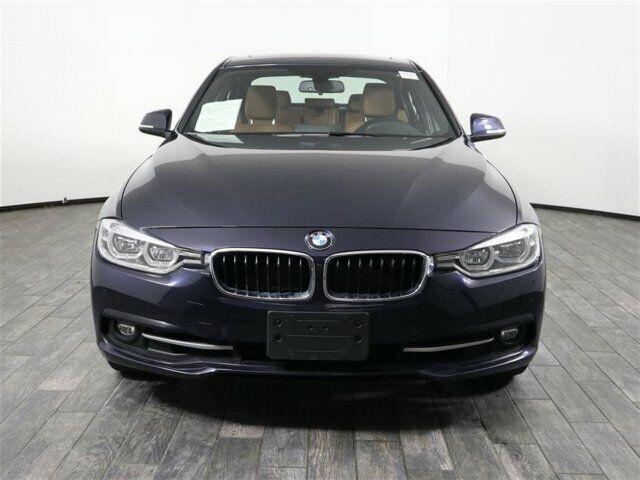 Image 3 Voiture Européenne d'occasion BMW 3-Series 2017