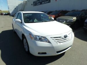 2007 Toyota Camry XLE | Leather | Sunroof | Heated Seats