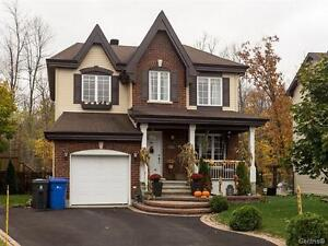 Open House-735 Rue de la Colline, Pincourt Sunday-Dec 4, 2-4 pm