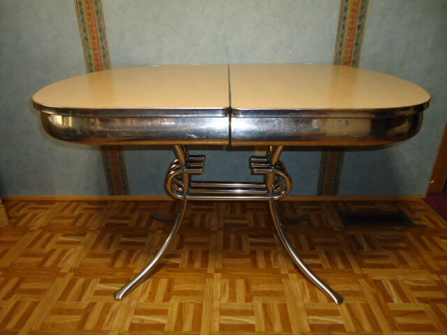 Vintage Formica Kitchen Table / built in center folding leaf - Art-Deco . . .