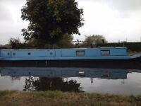Narrow boat, house boat, barge, live aboard boat