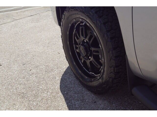 Image 6 Voiture American used Toyota Tundra 2017