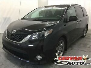 Toyota Sienna SE 8 Passagers Toit Ouvrant Cuir/Tissus MAGS 2012