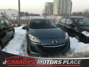 2010 Mazda Mazda3 GX GX 5spd manual hatchback 4 door low km GX 5