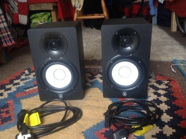 yamaha hs5 pair. pair of yamaha hs5 studio monitors hs5