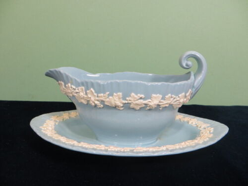 Wedgwood Queensware Gravy Boat w Attached Under Plate Cream On Lavender Blue EUC