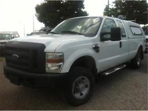 2009 ford F250 XL 4X4, 8 foot box, 4 doors, Tow package, ez load