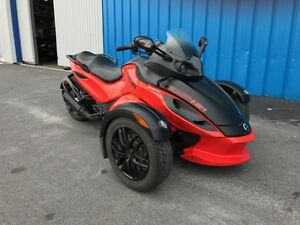 2012 can am spyder rss