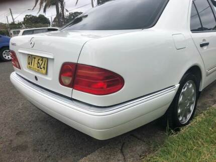 MERCEDES-BENZ E280 ELEGANCE 1999 REGO EXCELLENT 1 YEAR WARRANTY Yagoona Bankstown Area Preview