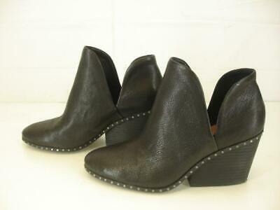 Womens 9 M Lucky Brand Lezzlee Black Leather Ankle Boots Studded Booties Slip-On