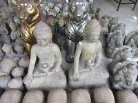 Indonésie  Bouddha en béton