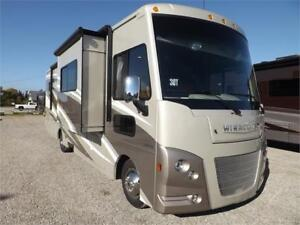 2017 Winnebago Sunstar 30T
