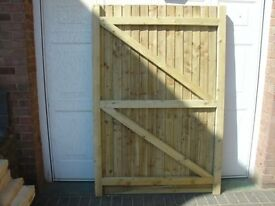 6X3 GARDEN GATES 2 OFF HEAVY DUTY WITH GRAVEL BOARD BOTTOM
