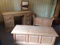 Farmhouse Solid Pine Bedroom Furniture Set
