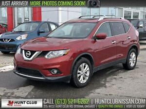 2016 Nissan Rogue SV Tech AWD | Navi, Pano Moonroof,