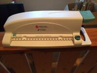 Rexel CB105 Compact Comb Binding Machine - excellent condition