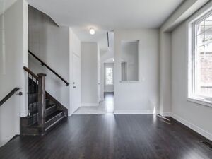 FABULOUS 4 Bedroom Town House in BRAMPTON $799,000ONLY