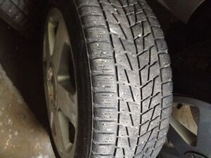 I am selling 2 tires on Rims 205 - 70 R15 with only 3 months use Oakville / Halton Region Toronto (GTA) image 1