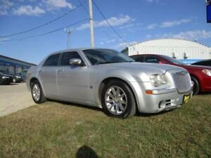 05 CHRYSLER 300C,5.7,HEATED SEATS,SUNROOF,SAFETY&WARRANTY $7,450