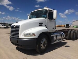 2003 MACK CH613, Used Cab & Chassis