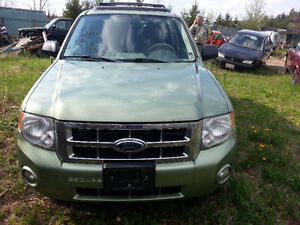 2006 Ford Escape SUV, complete for parts only