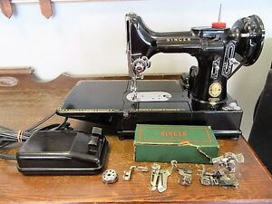 1957 Singer Featherweight 222k with Case