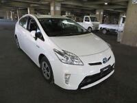Toyota Prius 1.8 VVT-i CVT 2014 T4 Hybrid (BIMTA CERTIFIED MILEAGE)