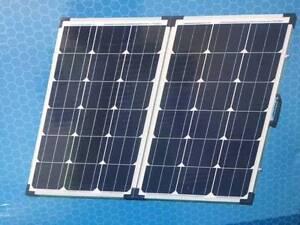 120 Watt Solar Panel - Suit Case style Para Hills West Salisbury Area Preview