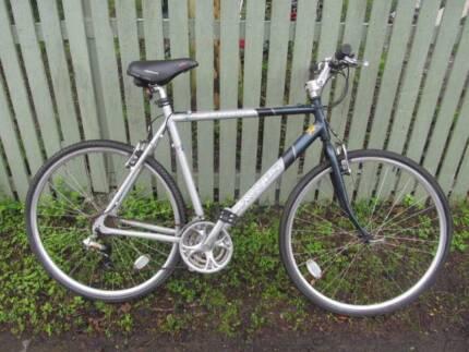 Dawes Alloy Hybrid Bike