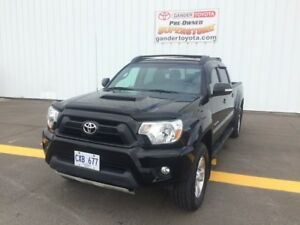 2015 Toyota Tacoma V6 4x4 Double-Cab 140.6 in. WB