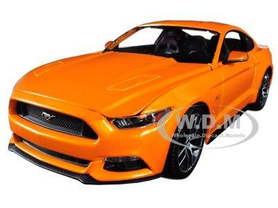 2015 FORD MUSTANG GT 5.0 METALLIC ORANGE 1/18 DIECAST MODEL CAR BY MAISTO 31197