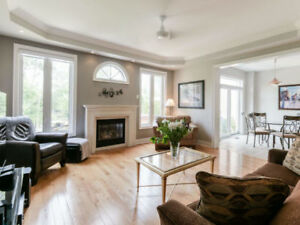 ♥♥ OPEN HOUSE TODAY - Fantastic House in Pickering !! ♥