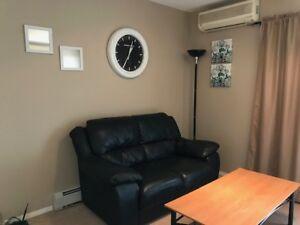 Comfy condo for rent !!